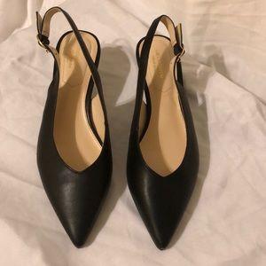 Liz Claiborne kitty heel
